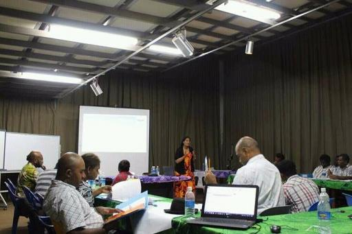 PASAI facilitator speaking to OAG staff (Photo OAG)